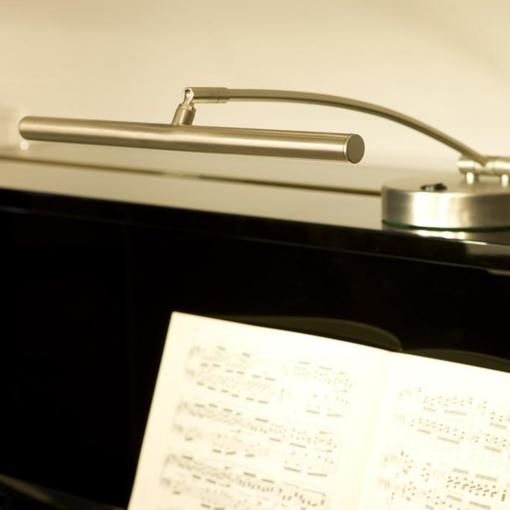 "Pianolampa med svängd arm ""Rondo"" i krom - Pianomagasinet"