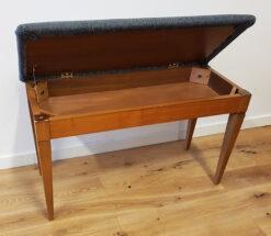 Begagnad tvåsitsig pianopall - Pianomagasinet