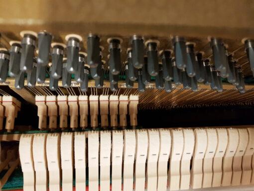 Akustiskt piano, Malmsjö modell 100 i rosenträ - Pianomagasinet