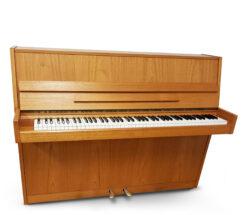 Akustiskt piano, Nordiska Piano modell Futura 2 i satinerad valnöt - Pianomagasinet