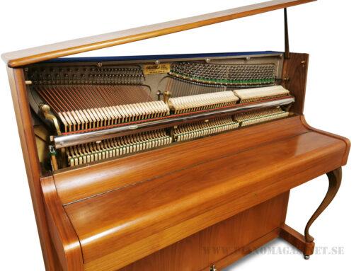 Akustiskt piano, Trasthe modell Suberb - Pianomagasinet