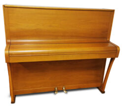 Akustiskt piano, August Hoffman modell 118 - Pianomagasinet