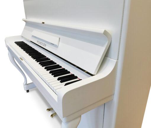 Akustiskt piano, Nylund och Son modell 118 - Pianomagasinet